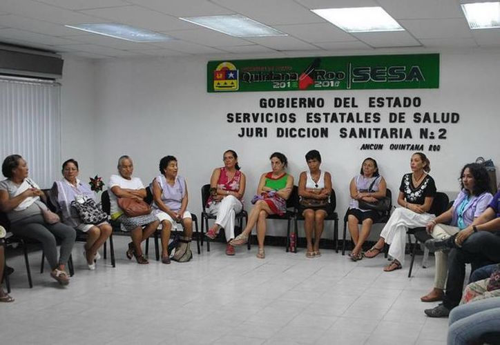 Alrededor de 67 mujeres son capacitadas por la Secretaría de Salud de Quintana Roo como parteras. (Jesús Tijerina/SIPSE)
