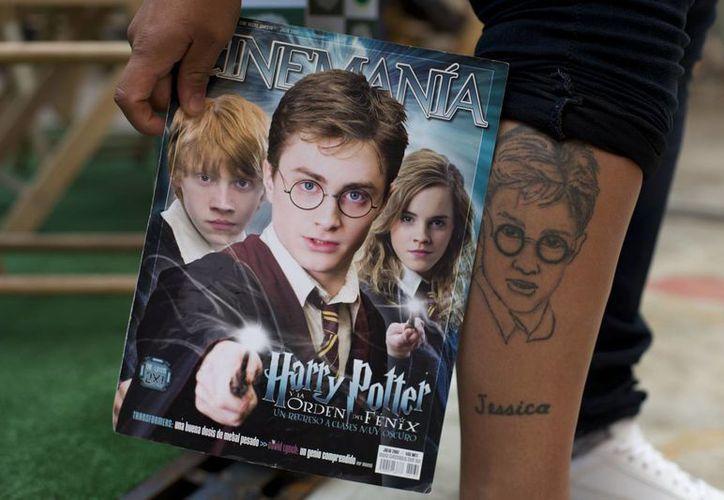 Este sábado abrió sus puertas en la Ciudad de México 'La Casa de Asher Potter', un museo dedicado a la historia escrita por J.K. Rowling. (AP)