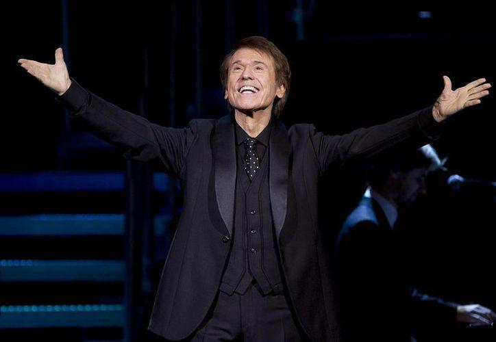 Raphael asegura que sus conciertos están llenos de nuevas generaciones. (EFE)