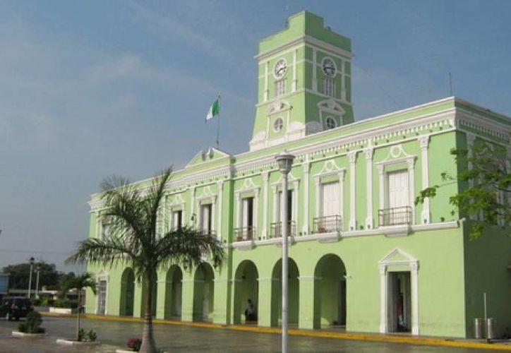 Imagen del Palacio Municipal de Progreso, donde se dieron los despidos de los trabajadores. (SIPSE)