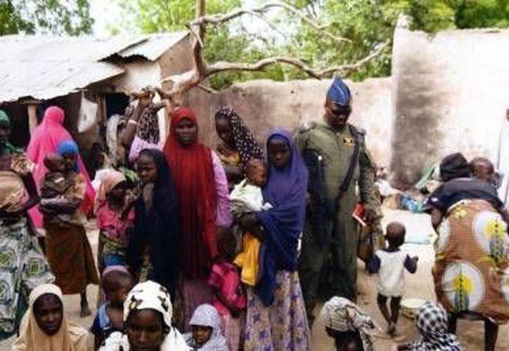 Con las 234 mujeres y niñas rescatadas hace poco de las 'garras' de Boko Haram, ya suman 677 las víctimas rescatadas esta semana. (Foto: AP)