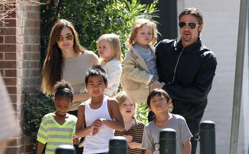 Brad Pitt tiene dos años sin dar manutención a sus seis hijos