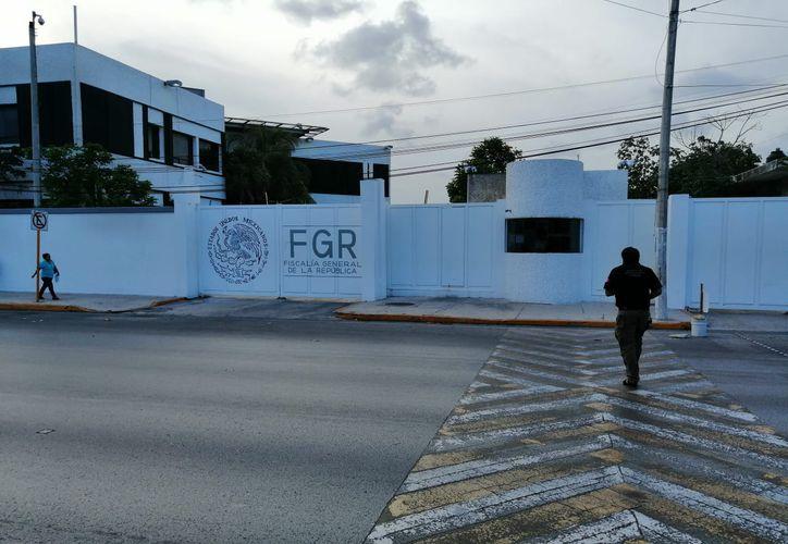 Tres fiscales y cuatro agentes de la FGR son señalados como los responsables de los abusos. (Redacción/SIPSE)