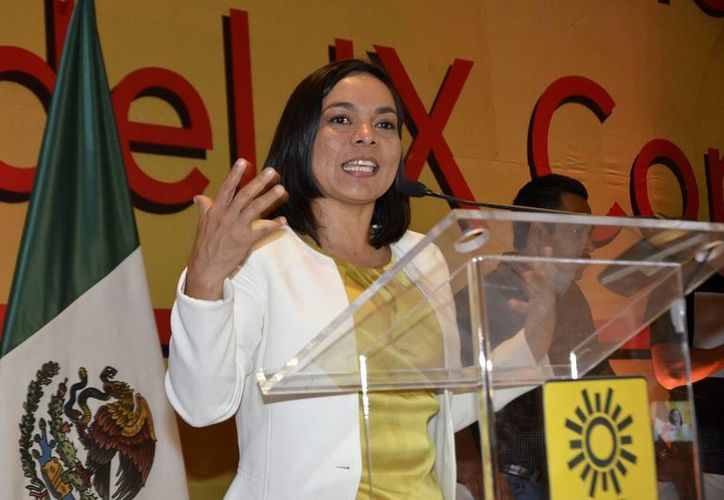 Beatriz Mojica, secretaria general del PRD, exige que se informe qué partido recibió dinero de Joaquín Guzmán Loera. (Notimex/archivo)