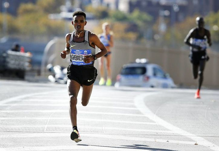Ghirmay Ghebreslassie se llevó el Maratón de Nueva York. (Fotos: AP)