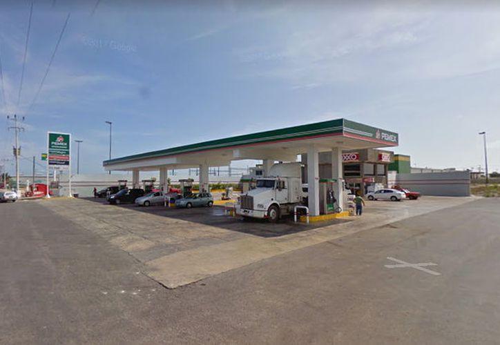 En las gasolinerías de Progreso y sus alrededores, la Magna se vende en 15:03 pesos por litro.  (Google Maps)
