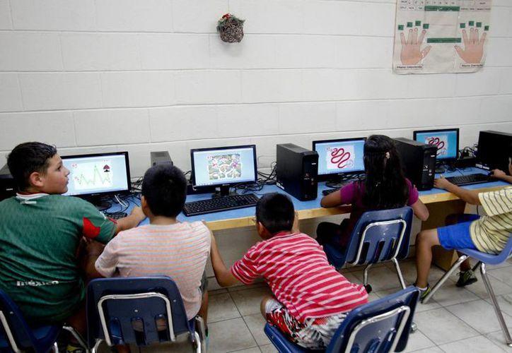 Los menores que personal de Migración rescatan son canalizados a albergues para su adecuada atención. Uno de esos es el que aparece en la imagen, ubicado en Baja California. (Archivo/Notimex)