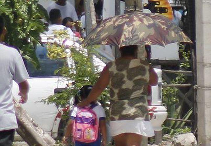 El programa de vigilancia es para kinder y primaria. (Jesús Tijerina/SIPSE))