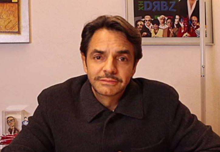 Eugenio Derbez compartió la carta de Chespirito le envió en el pasado. (Youtube)