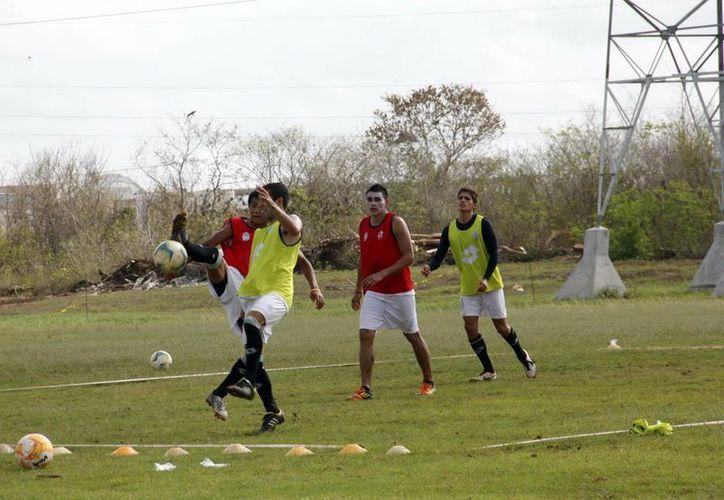 El equipo de Ricardo Valiño saldrá hoy por los tres puntos ante los oaxaqueños. (Milenio Novedades)