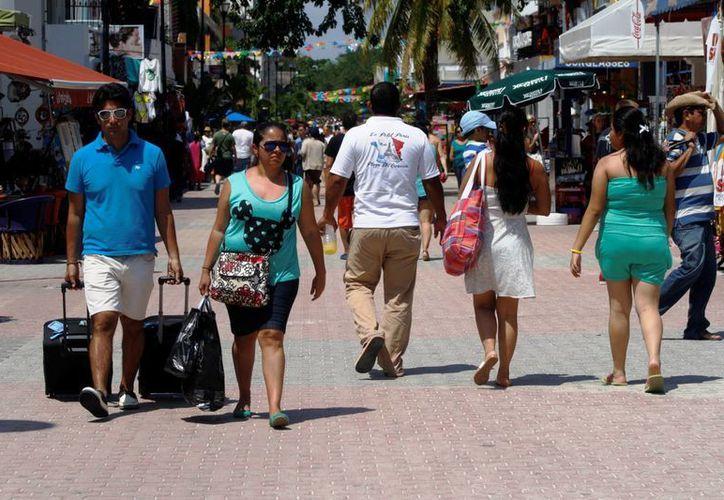 Los hoteleros de la Riviera Maya esperan que durante el verano 85% de  sus 42 mil habitaciones sean ocupadas. (Octavio Martínez/SIPSE)