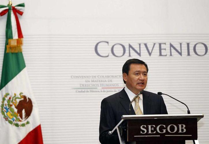 Osorio Chong: los delitos no pueden medirse a partir de encuestas o percepciones. (Notimex)