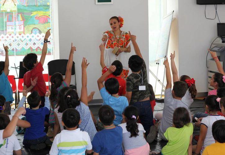 Un 50 por ciento más de niños, en comparación con 2014, participaron en los cursos de verano organizados en el Gran Museo del Mundo Maya de Mérida. (Cortesía)