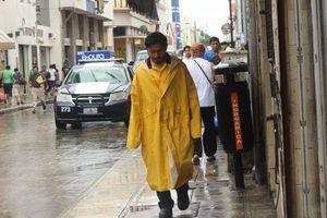 Lluvias refrescan la calurosa Mérida