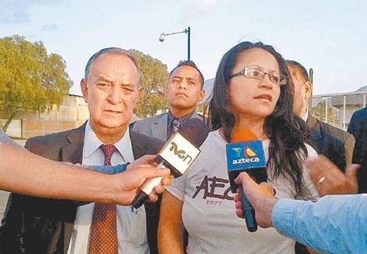 Primeras declaraciones de Ana María Orozco al salir este viernes de Santa Martha Acatitla. (Foto especial/MILENIO)