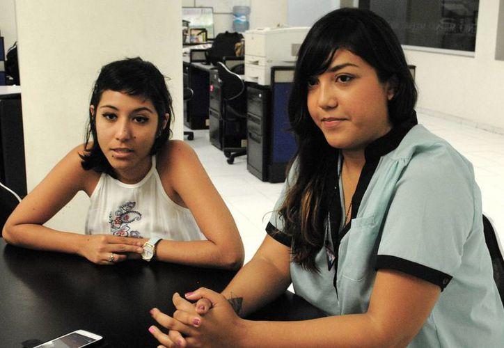 Violeta Azcona y Katia Rejón, dos de las autoras que participarán en la lectura de poemas en la Biblioteca Pública Central. (Milenio Novedades)