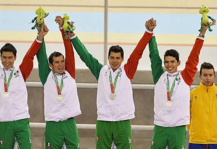 La delegación mexicana es la que más medallas ha conseguido en los Juegos Centroamericanos de Veracruz, seguida de Colombia, aunque Cuba tiene más medallas de oro que los sudamericanos. (conade.gob.mx)