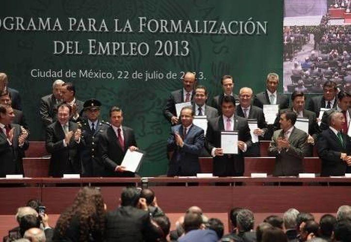 Se dio a conocer que el 59% de la población ocupada en México  trabaja en situación informal. (Milenio)