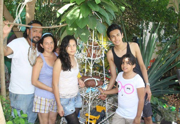 La familia Aguilera Iturriaga festejará en Playa del Carmen. (Octavio Martínez/SIPSE)