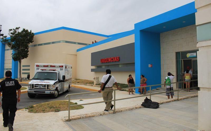 Apuñalan a hombre en Cancún, agoniza y lo graban