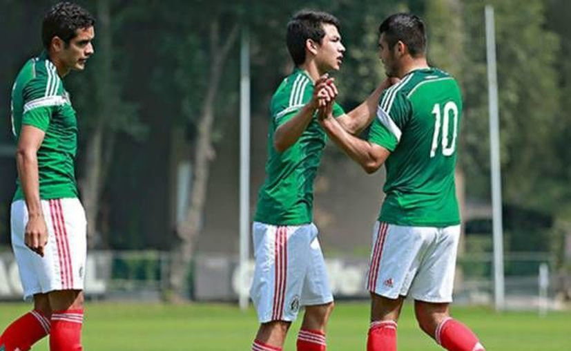 Hirving Lozano (c), jugador del club Pachuca, es uno de los mexicanos que metieron gol ante Canadá en el torneo sub-20 de la Concacaf. (goal.com/Foto de archivo)
