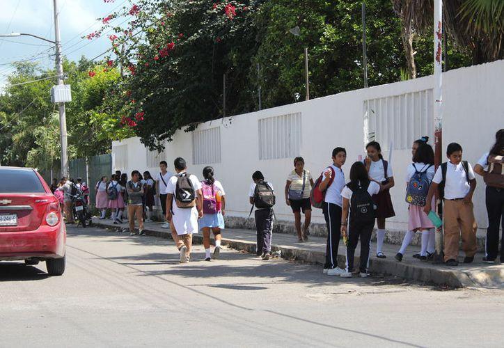 Buscan salvaguardar la seguridad de los estudiantes. (Joel Zamora/SIPSE)
