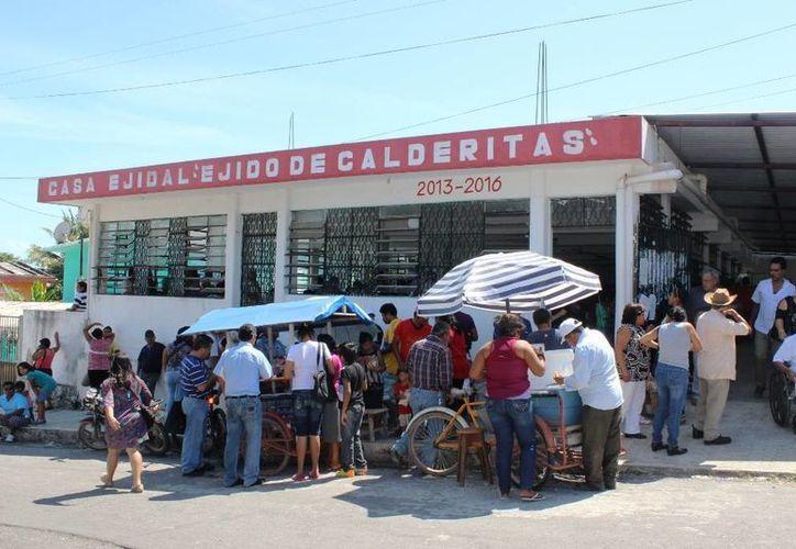 Un total de 600 votos de los ejidatarios de Calderitas aprobaron la venta de las tierras. (Edgardo Rodríguez/SIPSE)