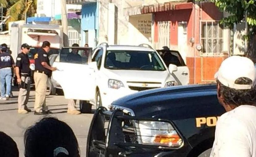 El operativo para detener a supuesto narcomenudista incluyó cierre de calles en Progreso. (Óscar Pérez/SIPSE)