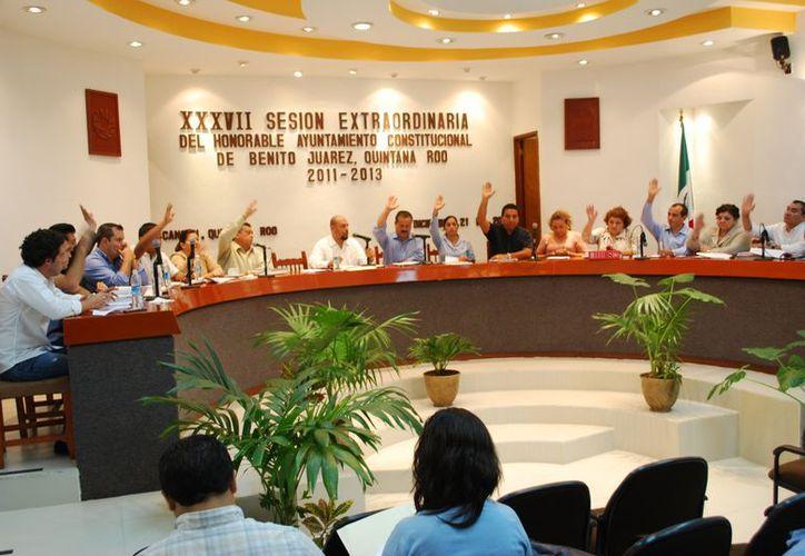 El Cabildo aprobó el presupuesto de Egresos con 10 votos a favor y siete en contra. (Tomás Álvarez/SIPSE)