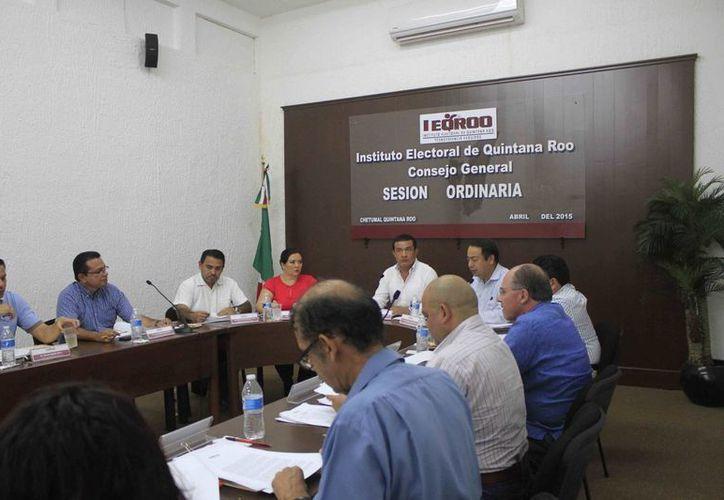 Instituto Electoral de Quintana Roo solicitó a los partidos políticos que presentarán propuestas de ponentes. (Harold Alcocer/SIPSE)