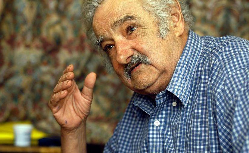 El presidente de Uruguay, que dejará el cargo en unos días, asegura que varios países de América Latina están 'hasta las orejas' de contradicciones de Estado. (EFE)