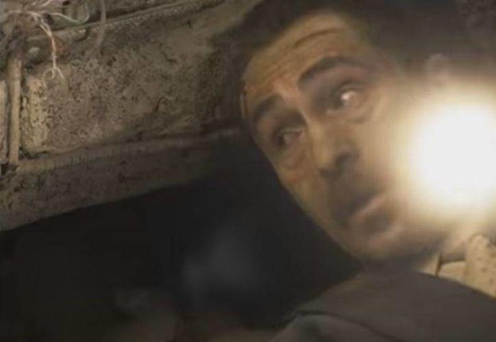 Los personajes de Demián Bichir y Héctor Bonilla quedan atrapados bajo los escombros en nuevo avance de la película '7.19'. (Captura de pantalla)