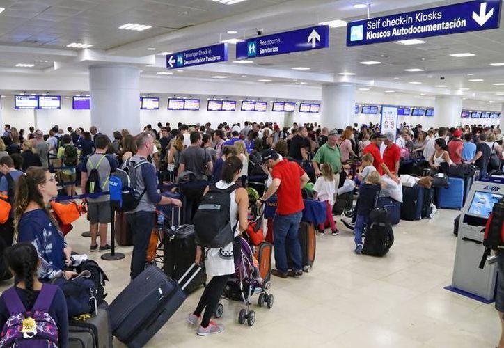 Las aerolíneas deberán transparentar sus fallas. (Archivo/ SIPSE)
