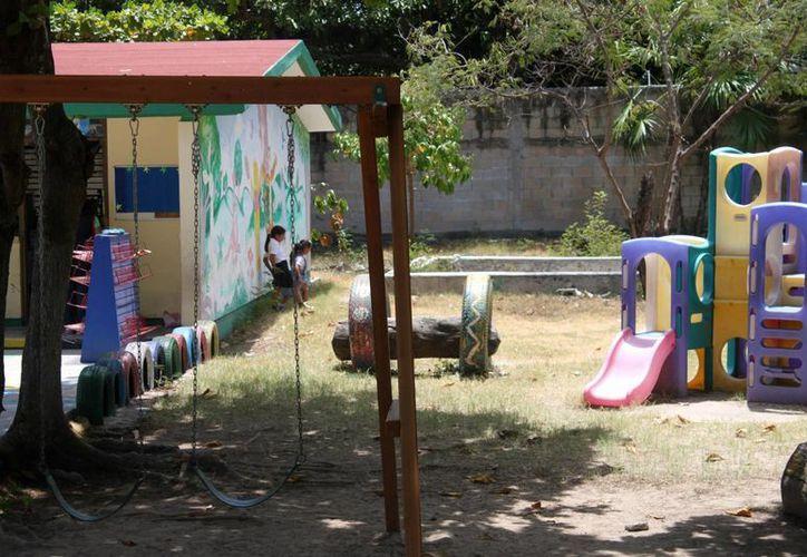 Directores de escuelas de nivel preescolar denuncian que se está sobrepasando su capacidad de atención en las aulas.  (Igor Cabrera/SIPSE)