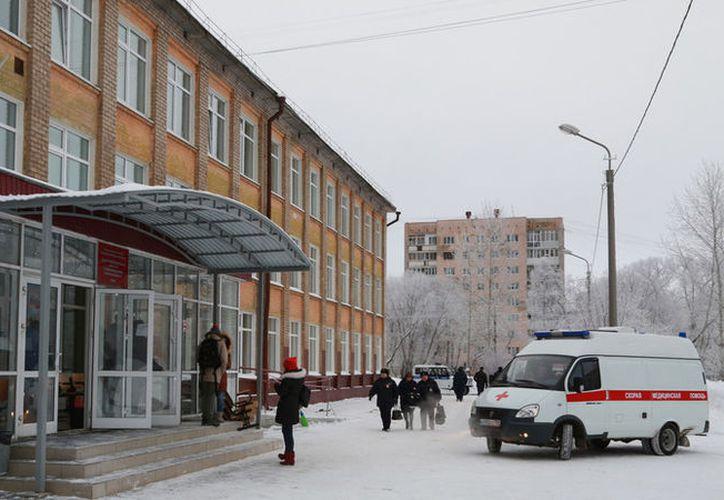 Durante el ataque, en la escuela se encontraban 743 personas: 698 alumnos y 45 adultos. (RT)