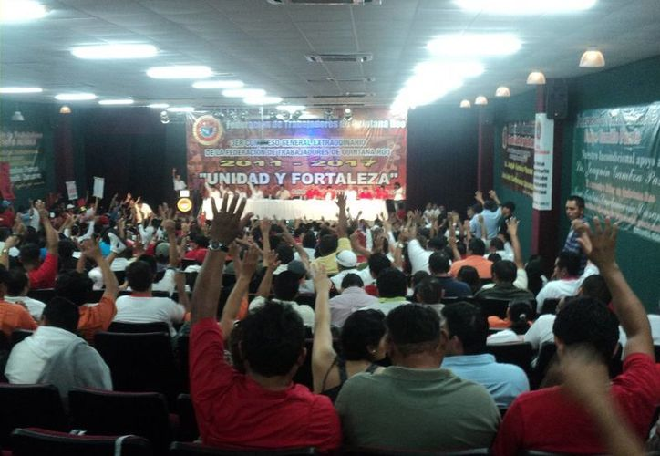 El actual secretario general del Comité Municipal de Solidaridad ha evadido dar una postura por el conflicto que se ha generado en torno al líder estatal. (Adrián Barreto/SIPSE)