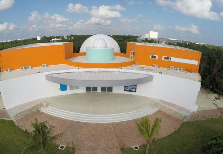 El Planetario de Playa del Carmen proyectará diferentes cintas durante este mes. (Redacción/SIPSE)