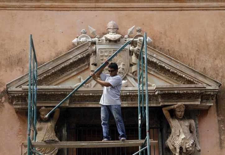 El rescate de fachadas históricas por parte del Ayuntamiento de Mérida continuará. (César González/SIPSE)