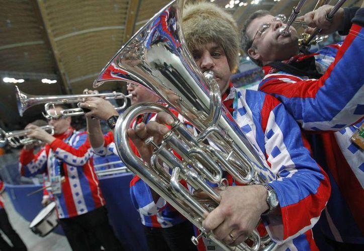 No se puede prever cuál sería la reacción de las autoridades rusas y olímpicas si la banda Kleintje Pils toca una canción considerada como un himno gay. (Agencias)