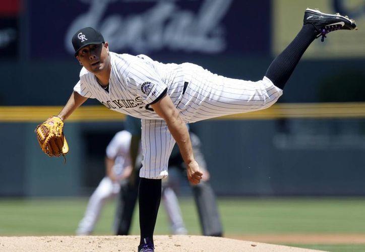 Una recurrente lesión en un tendón de Aquiles arruinó la temporada del mexicano Jorge de la Rosa, pitcher de Rockies. (wtop.com)
