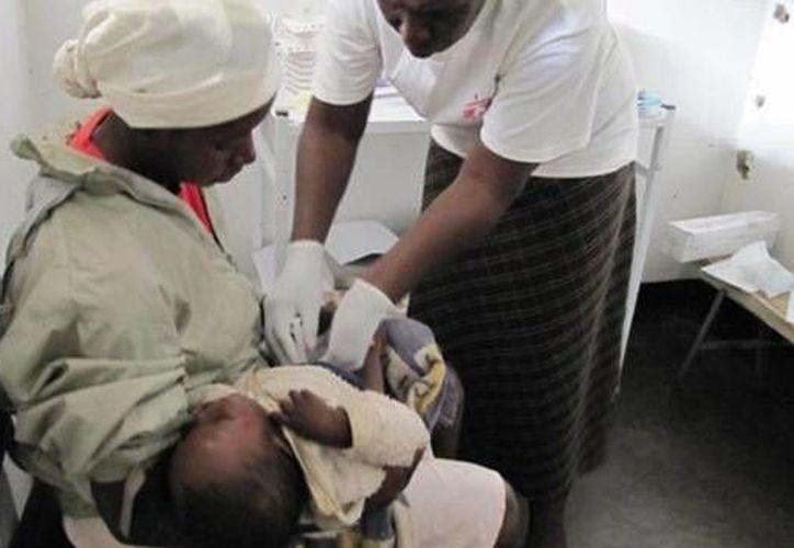 En Zimbabwe, uno de los países más pobres de África, la corrupción es alarmante. (doctorswithoutborders.org)