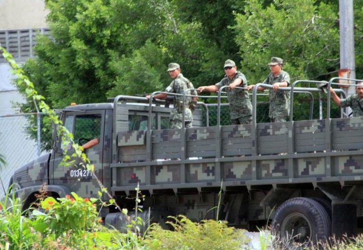 Elementos de la Secretaría de la Defensa Nacional y de la Marina aumentaron su presencia en la frontera sur. (Ángel Castilla/SIPSE)