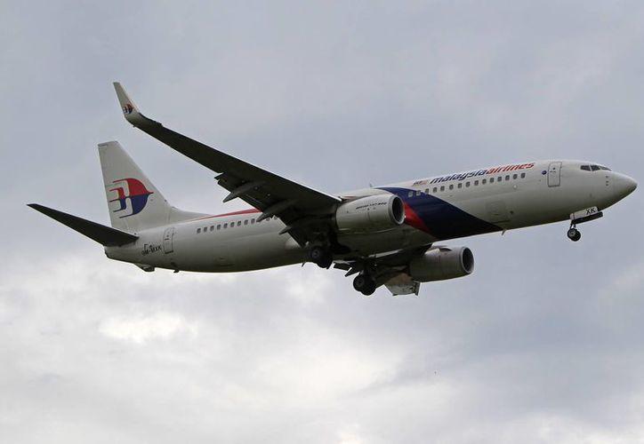 La falla del avión de Malaysia Airlines de este domingo es el tercer incidente que protagoniza la aerolínea. (AP)