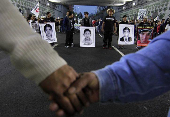 Desde la desaparición de los 43 normalistas de Ayotzinapa en Iguala se han realizado diversas marchas para el gobierno dé respuestas sobre lo sucedido. (Archivo/Notimex)