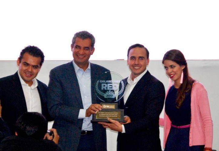 Este galardón es el máximo premio que otorga la Red de Jóvenes Por México. (Foto: Vanguardia)