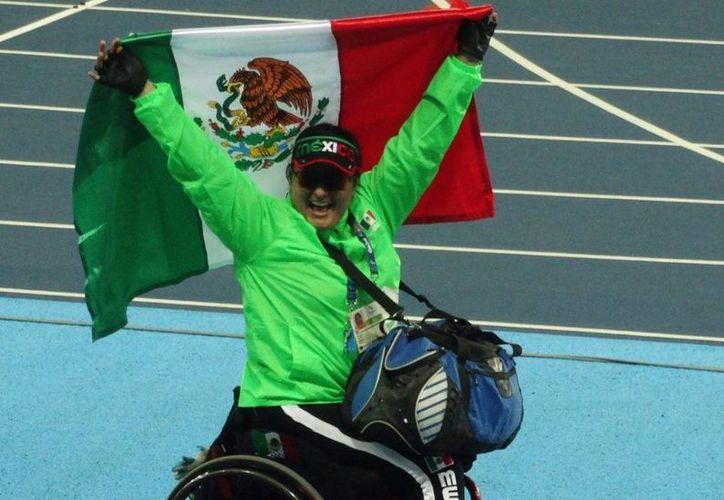 La tabasqueña María de los Ángeles Ortiz da primer oro a México en lanzamiento de bala en Río. En los Juegos Olímpicos terminados hace unos días, México no ganó ningún oro, pero sí cuatro platas y dos bronces. (Foto tomada de la cuenta de Twitter de Conade)