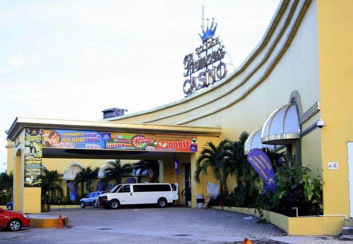 Al parecer, el Golden Princess Casino fue puesto a la venta por 55 millones de dólares beliceños. (Archivo/SIPSE)
