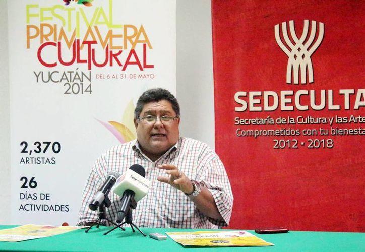 Carlos Tello Martínez en la presentación del homenaje al director fundador de la OSY. (Milenio Novedades)