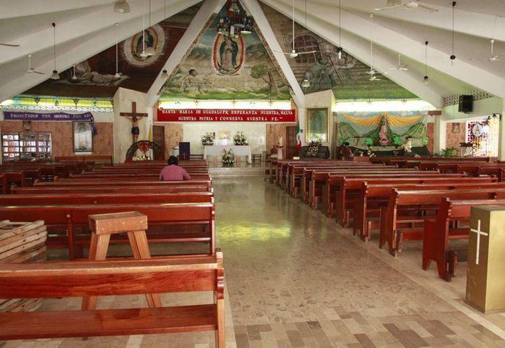 La iglesia prepara los festejos a la Virgen de Guadalupe. (Tomás Álvarez/SIPSE)