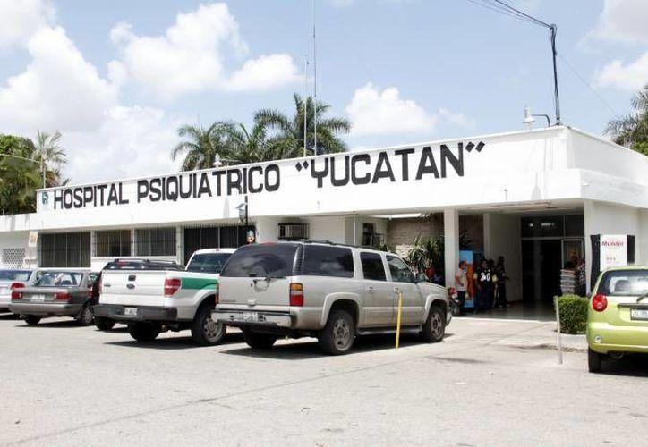 El hombre que salió del Hospital Psiquiátrico y acuchilló a un policía dijo que su intención era lesionar al exoficial 'Wiro'. (SIPSE/Foto de contexto)